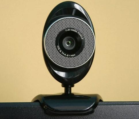 ウェブカメラ:選び方とメリット